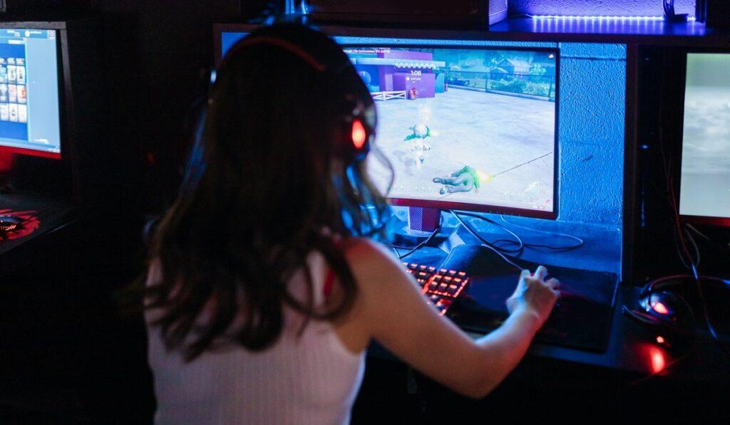 daha iyi oyun oynamak icin oyuncu ekipmanlari teknosa