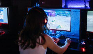 Gaming Aksesuarlarinin Standart Bilgisayar Aksesuarlarindan Farklari teknosa